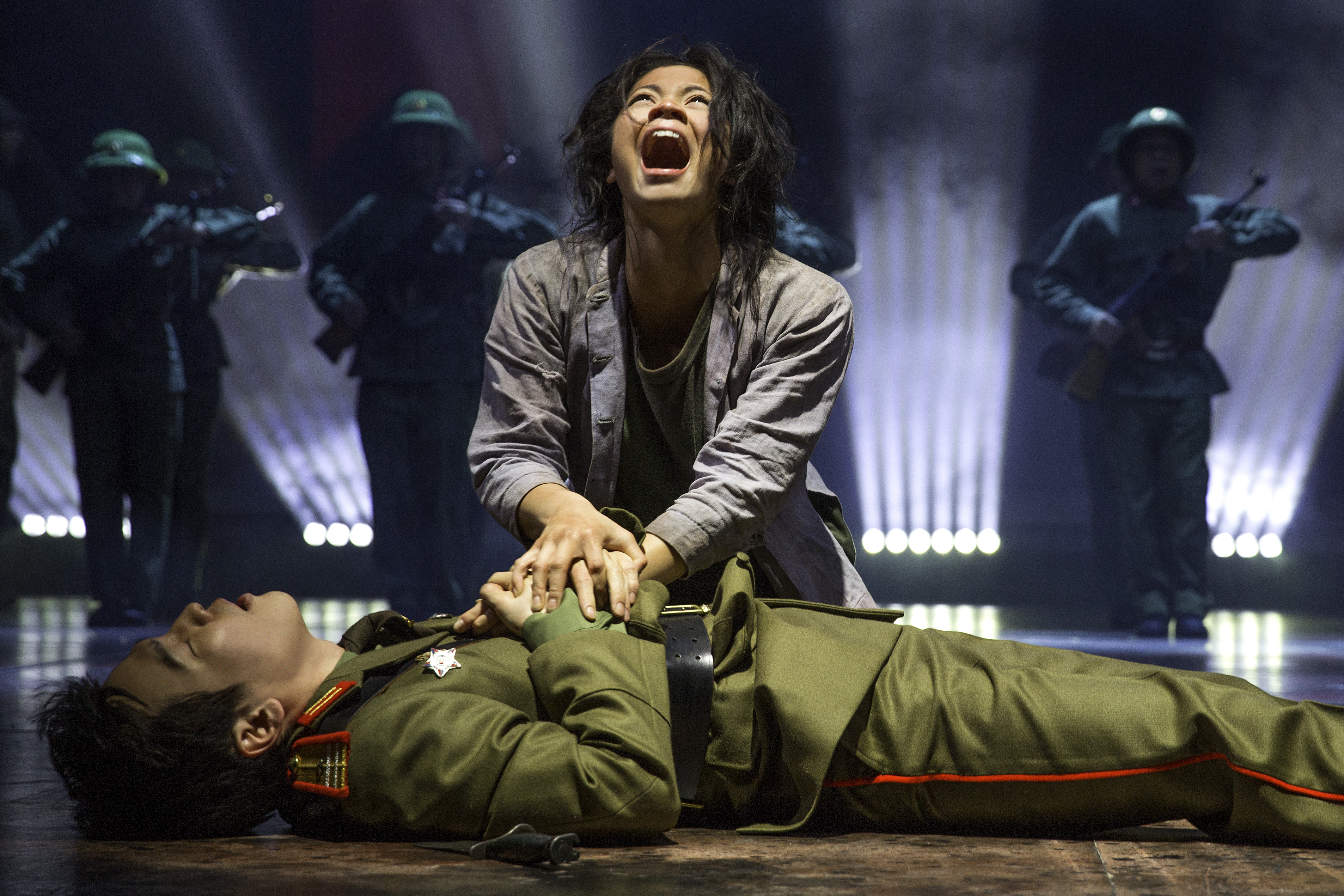 PRESS RELEASE: Cameron Mackintosh's Spectacular New Production of Miss Saigon to play Birmingham Hippodrome in 2017 - Birmingham Hippodrome